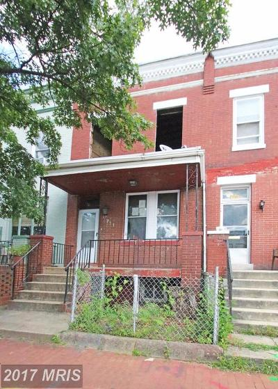 Washington Multi Family Home For Sale: 711 15th Street NE