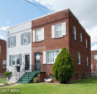 Washington Duplex For Sale: 1216 Savannah Street SE