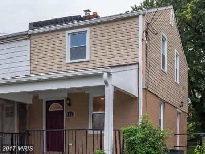 Single Family Home For Sale: 824 52nd Street NE