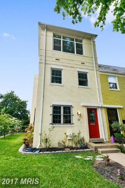 Washington Townhouse For Sale: 37 17th Street SE