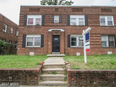 Multi Family Home For Sale: 423 Mellon Street SE