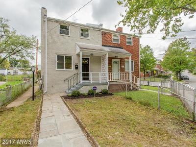 Washington Condo For Sale: 324 Burbank Street SE