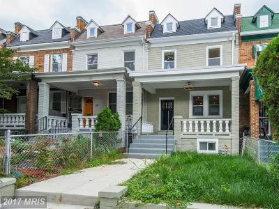 Washington Condo For Sale: 1309 Trinidad Avenue NE