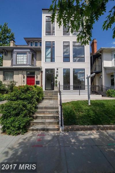 Washington Condo For Sale: 5309 Connecticut Avenue NW #2A