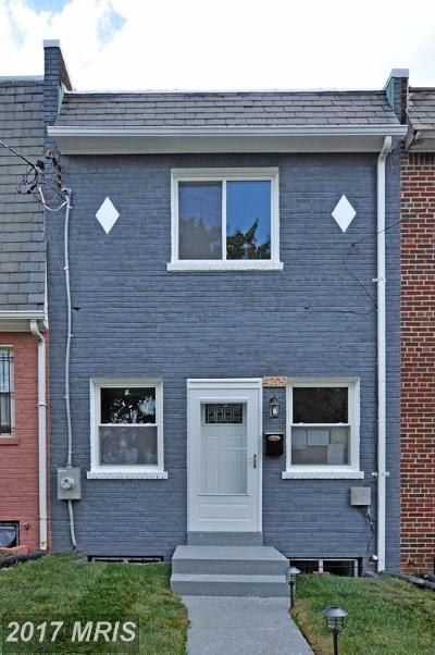 Deanwood Condo For Sale: 4209 Hayes Street NE