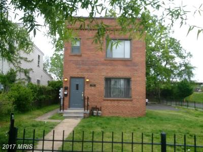 Washington Single Family Home For Sale: 1501 Olive Street NE