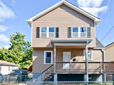 Washington Single Family Home For Sale: 5200 C Street SE
