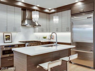 Washington Single Family Home For Sale: 3109 35th Street NE