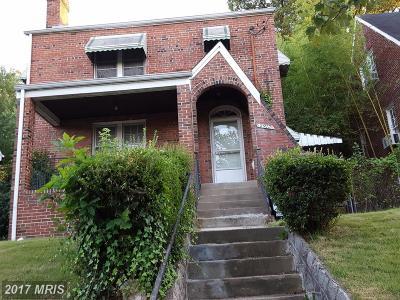 Washington Single Family Home For Sale: 2917 O Street SE