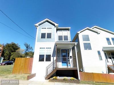 Woodridge Single Family Home For Sale: 2843 Belair Place NE