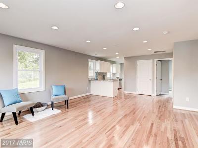 Washington Single Family Home For Sale: 5911 Foote Street NE