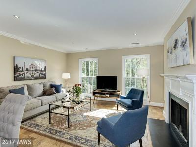 Washington Townhouse For Sale: 3241 Sutton Place NW #A