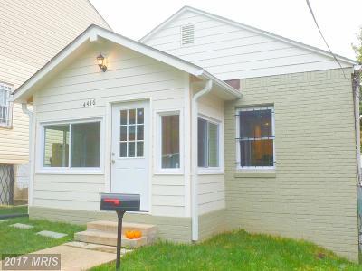 Washington DC Single Family Home For Sale: $300,000