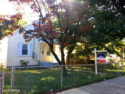 Washington Single Family Home For Sale: 3331 D Street SE