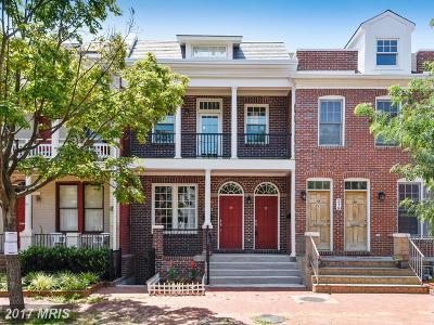 Washington Townhouse For Sale: 216 Morgan NW #2