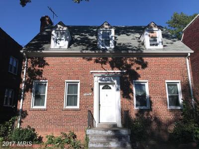 Washington Single Family Home For Sale: 452 Oakwood Street SE