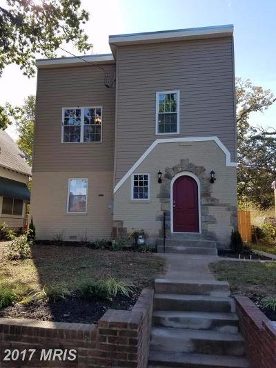 Single Family Home For Sale: 519 Lebaum Street SE