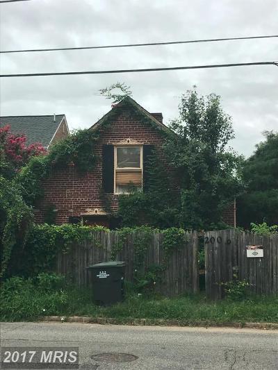 Michigan Park Single Family Home For Sale: 2006 Bunker Hill Road NE