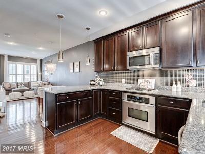 Washington Townhouse For Sale: 578 Regent Place NE