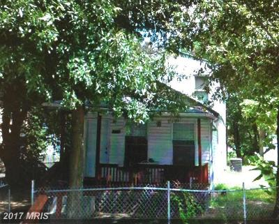Single Family Home For Sale: 1219 47th Place NE