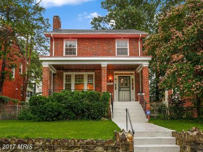 Single Family Home For Sale: 423 Oneida Place NW