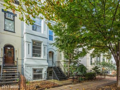 Townhouse For Sale: 114 11th Street NE