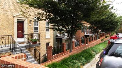 Washington Townhouse For Sale: 3211 Sutton Place NW #C