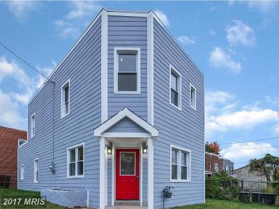 Single Family Home For Sale: 817 46th Street NE