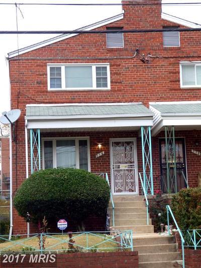 Washington Condo For Sale: 716 Hamilton Street NE