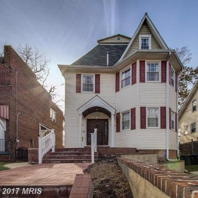 Washington DC Single Family Home For Sale: $869,900
