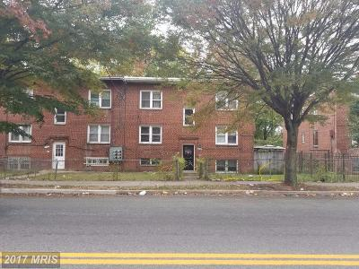 Washington DC Multi Family Home For Sale: $275,000