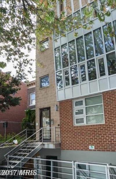 Washington DC Single Family Home For Sale: $699,000