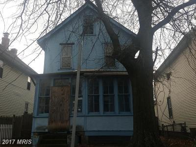 Washington Single Family Home For Sale: 4917 Minnesota Avenue NE