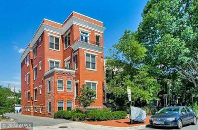 Condo/Townhouse Sold: 326 8th Street Northeast #302