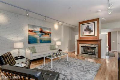Washington DC Condo/Townhouse Sold: $979,000
