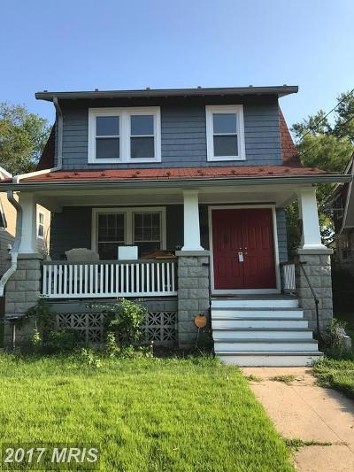 Single Family Home For Sale: 2121 Quincy Street NE