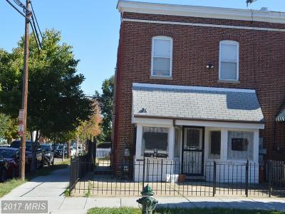 Washington Multi Family Home For Sale: 1679 Montello Avenue NE