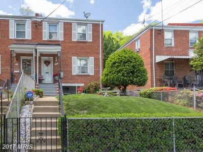 Washington Duplex For Sale: 134 Mississippi Avenue SE