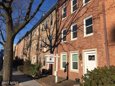 Washington DC Townhouse For Sale: $910,000