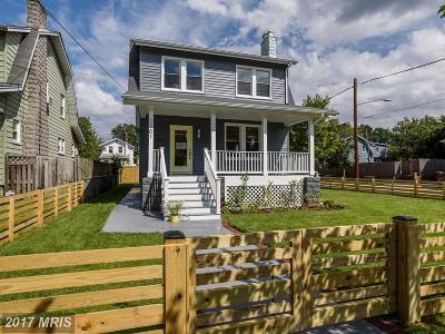 Washington Single Family Home For Sale: 3901 20th Street NE