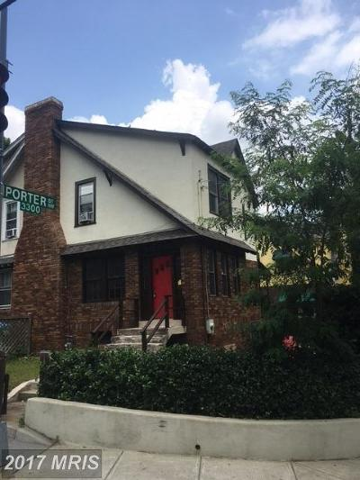 Cleveland Park Condo For Sale: 3601 34th Street NW