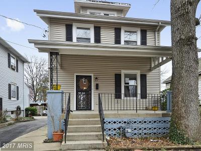 Washington Single Family Home For Sale: 3011 Central Avenue NE