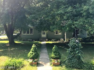 Cambridge MD Single Family Home For Sale: $157,000