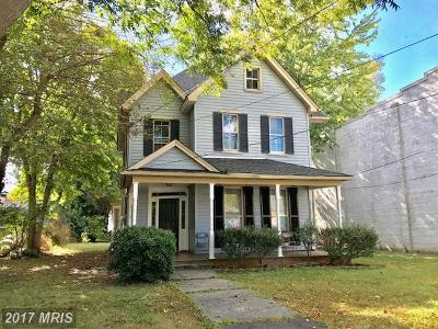 Tappahannock Multi Family Home For Sale: 148 Prince Street