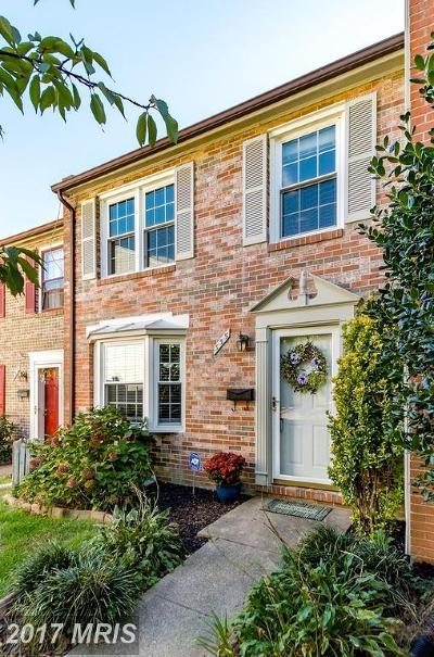 Falls Church VA Townhouse For Sale: $650,000