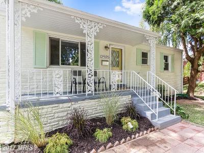 Fairfax VA Single Family Home For Sale: $425,000