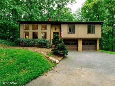 Warrenton Single Family Home For Sale: 7208 Woods Edge Court