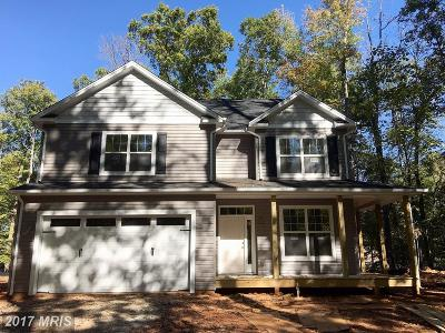 Warrenton Single Family Home For Sale: 7048 Wintergreen Court