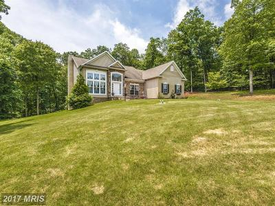 Thurmont MD Single Family Home For Sale: $650,000