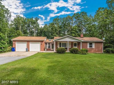 Frederick Single Family Home For Sale: 9923 Pine Tree Road